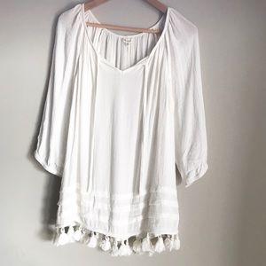 2/$30 Antilia Femme white boho blouse with tassels